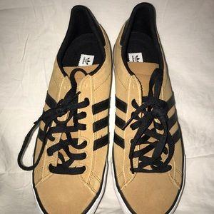 Men Adidas Original Sneakers